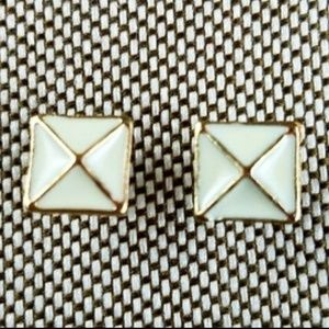 NEW Cream and Gold Criss Cross Stud Earrings